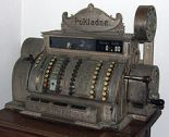 220px-Cash_register,_built_1904_in_Ohio